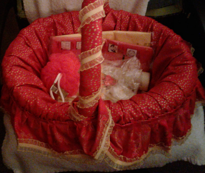 Creative-Arts-and-Crafts-Projects-Fabric-Covered-Baskets-Basket
