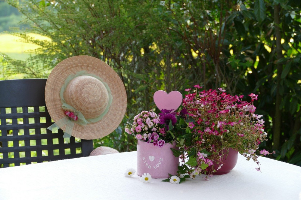 The-Millinery-Supplies-A-One-Stop-Shop-Not-Just-for-Hats-Table-Setting